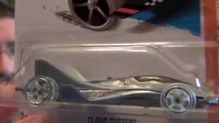 Hot Wheels Cloud Cutter and Rachero Ford 1972 Car Review