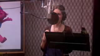 Anna Kendrick Singing Can
