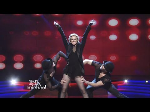 Rumer Willis  Cast Of Chicago Performs 'Me & My Baby' Kelly & Michael
