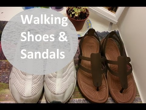 FAVORITE WALKING SHOES & FLATS | Crocs, Flexx, & Merrell Sandals - | effortlessruth