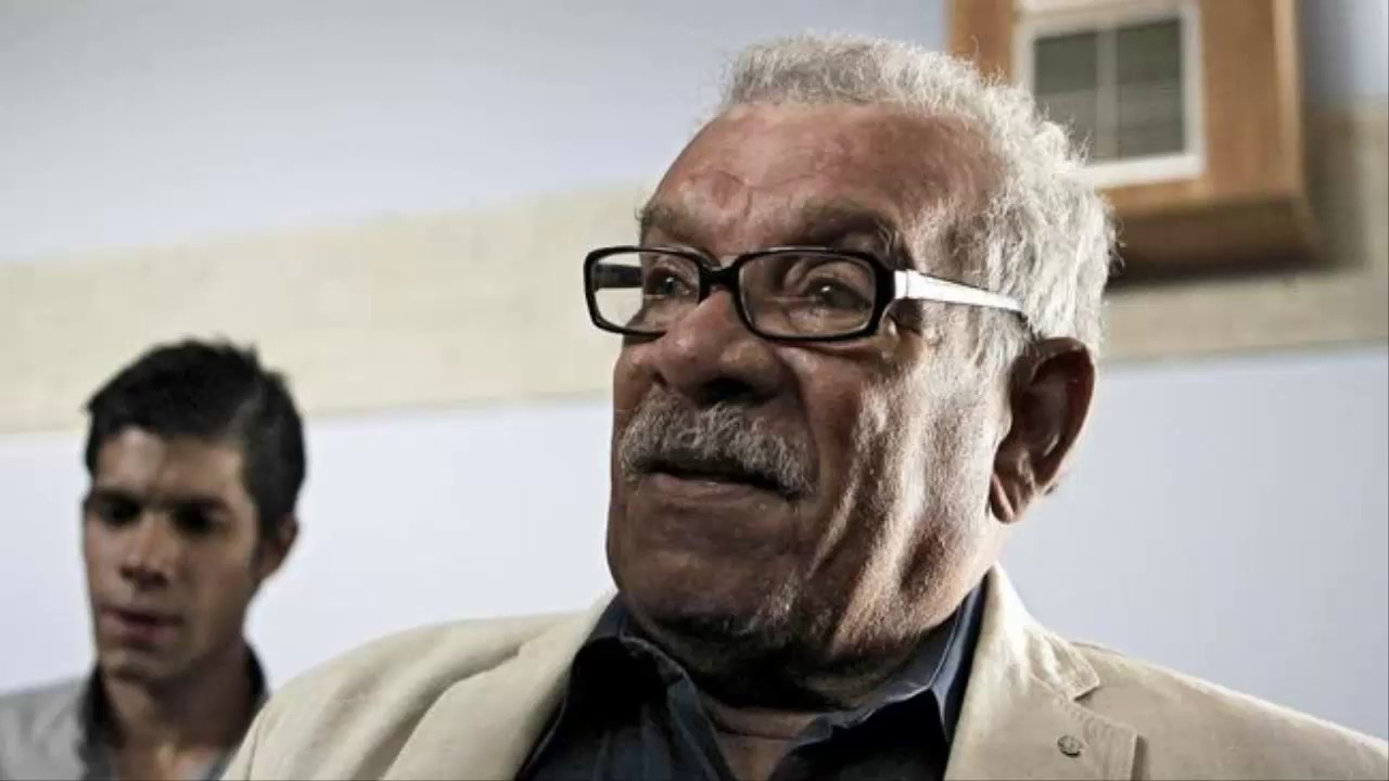 walcott s poetry Literary treasures blog post featuring a november 24, 1986, recording of poet derek walcott reading his poems in the library of congress's coolidge auditorium.