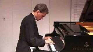 Eide plays Pictures at an Exhibition, Part 1 (Mussorgsky)
