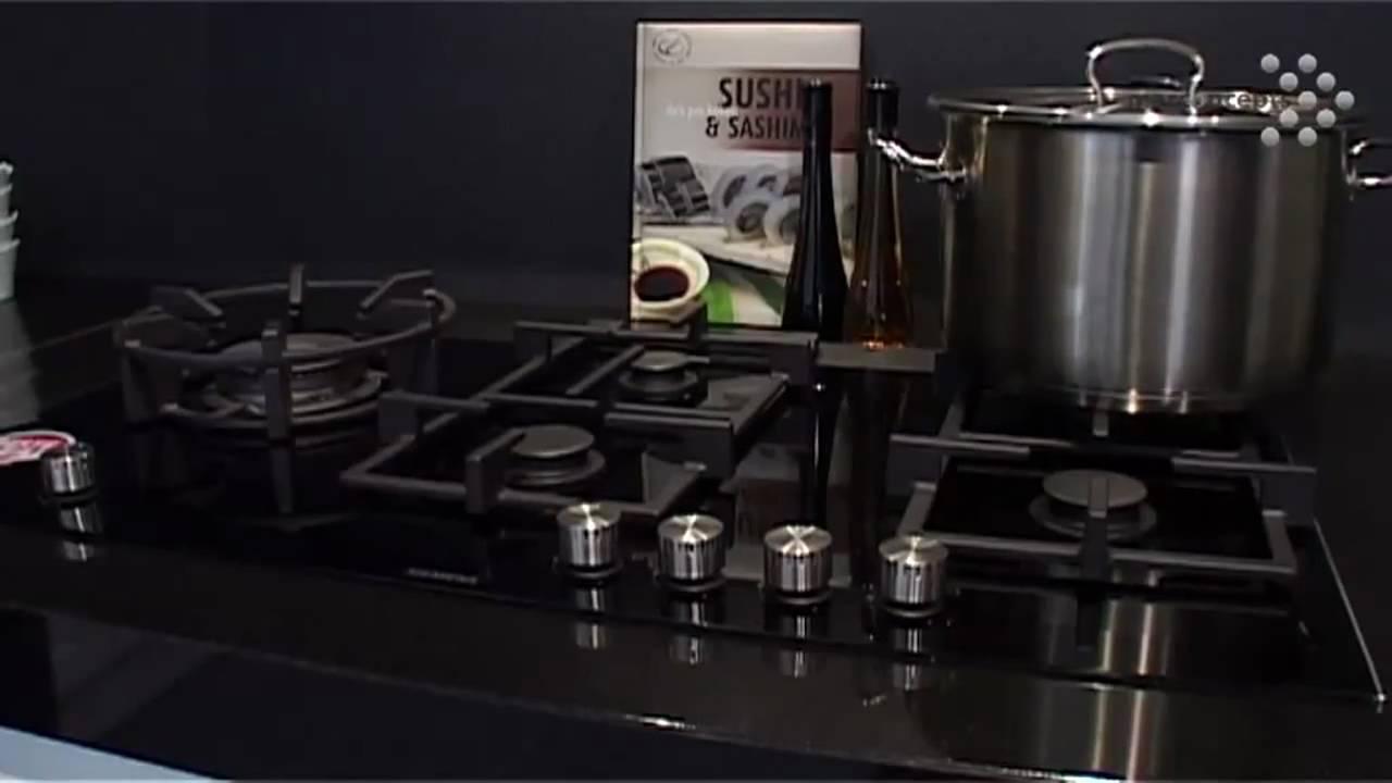 Luxe keuken met zwart aanrecht en klassiek model quooker youtube