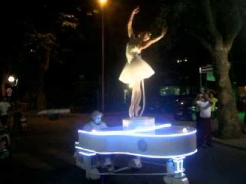 Ballerina Carillon serata organizzata da Pro Loco Pinarella
