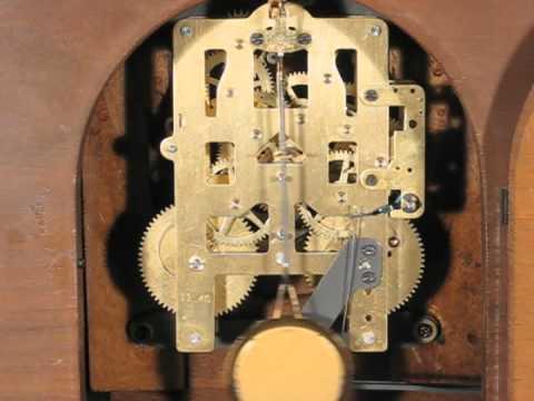 Plymouth by Seth Thomas 1940 Mantel Clock Pendulum Motion