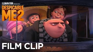 "Despicable Me 2 - Clip ""Happy Father"