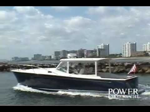 MJM 34Z Powerboat