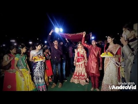 Decent Dulhan Entry : Sita's Theme