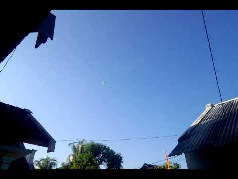 Download Tradisi Balon Udara 1 Syawal 1437 H