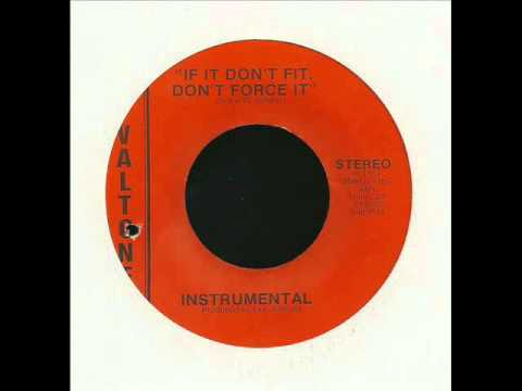 clarence jackson + if it don't fit don't force it (inst) + valtone.wmv
