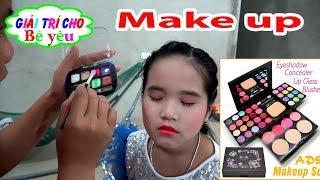BÉ HUYỀN TRANG ĐIỂM VĂN NGHỆ 20-11| Make up Vietnam Teacher Day | Giải trí cho Bé yêu 💚