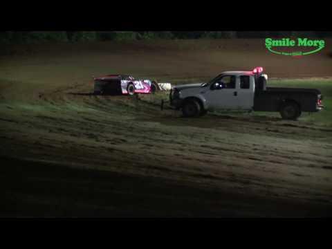 Pro 4  Feature  Race Monett Motor Speedway 6.16.17