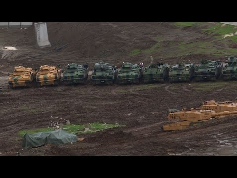 AFP: Turquie: des centaines de soldats se préparent près de la Syrie