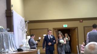 SAM 9538   Вход на брачное торжество жениха и невесты