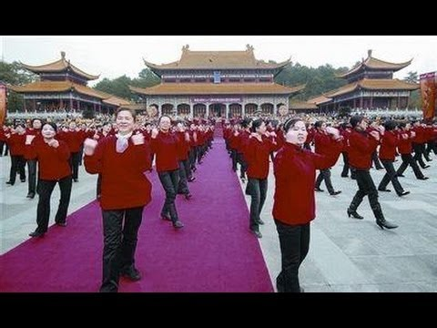"Zhenjiang City  the elderly Sports Association - ""Happy Zhenjiang aerobics"" 镇江市老年人体协-《镇江快乐健身操》"