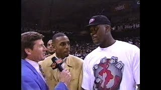 February 10, 1996 - Orlando Magic rookie guard Darrell Armstrong opens with an emphatic reverse flush before succumbing to fatigue late in his 90-second ...
