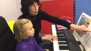 урок музыки в музыкальной школе smart bunny club
