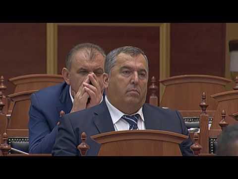 Ditmir Bushati: Çam bëhesh, nuk lind