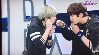 Evil Maknae Kyuhyun fooling Heechul!