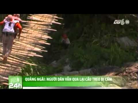 VTC14_Quảng Ngãi: Người dân vẫn qua lại cầu treo bị cấm