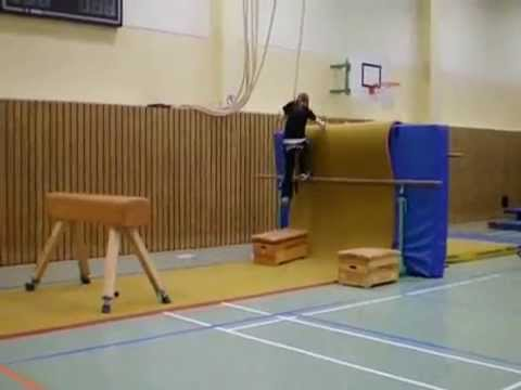 parkour im sportunterricht youtube. Black Bedroom Furniture Sets. Home Design Ideas