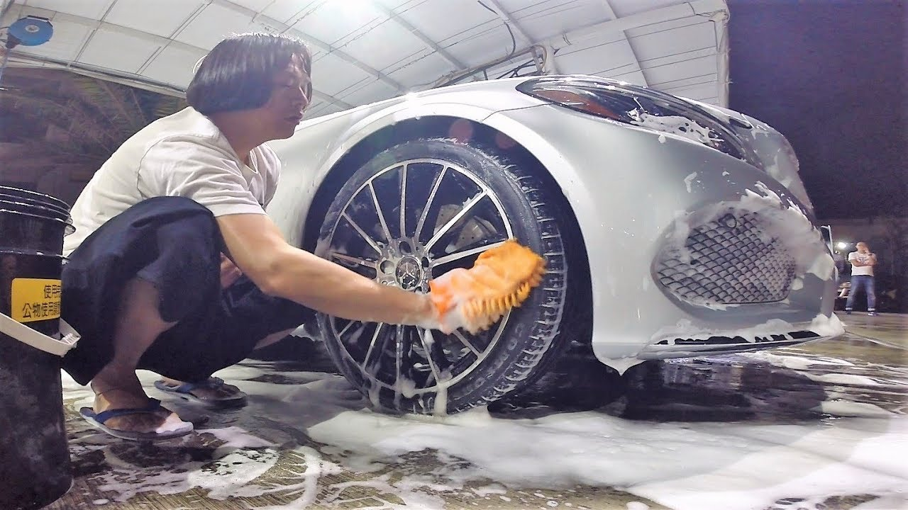 車車日記 自助洗車隨手拍(上)C300 W205 GOPR0155 - YouTube