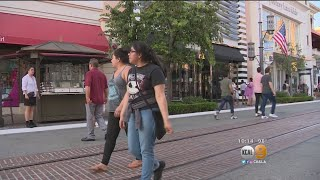 The Grove Suffers Power Outage As Heat Wave Sweeps SoCal