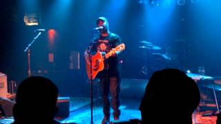 "Aaron Lewis ""Outside"" Live @ McGuffys Dayton Ohio"