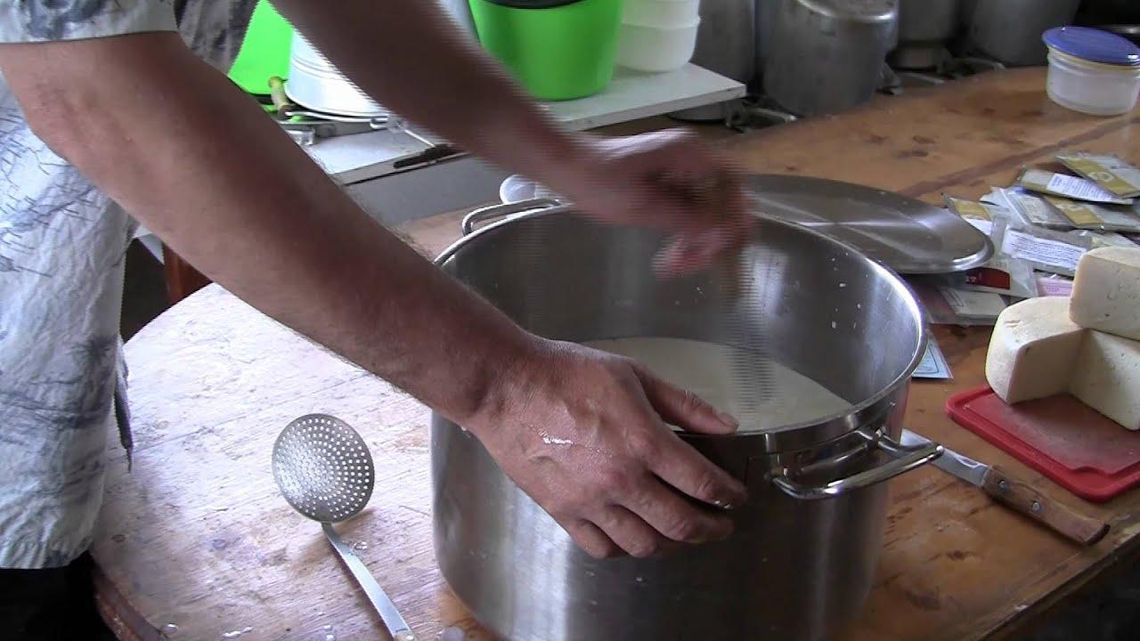 Секрет приготовления сыра из козьего молока - YouTube