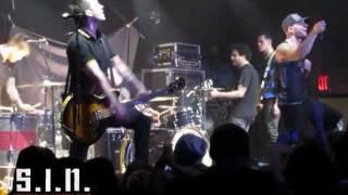 HIT THE LIGHTS - Body Bag. S.I.N Tour 2012