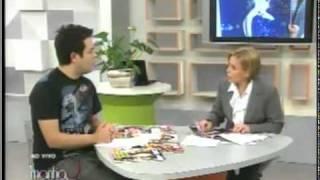 Claudete Troiano manda beijo para atriz Leila Lopes