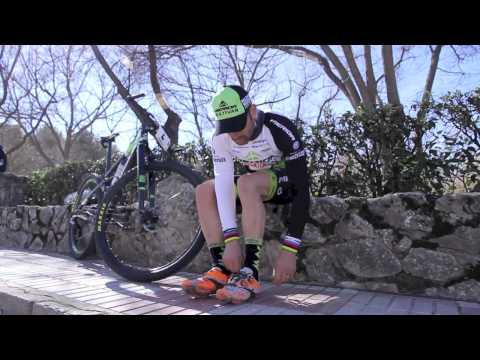 Jose Antonio Hermida y sus Extreme Tech MTB Plus Camo