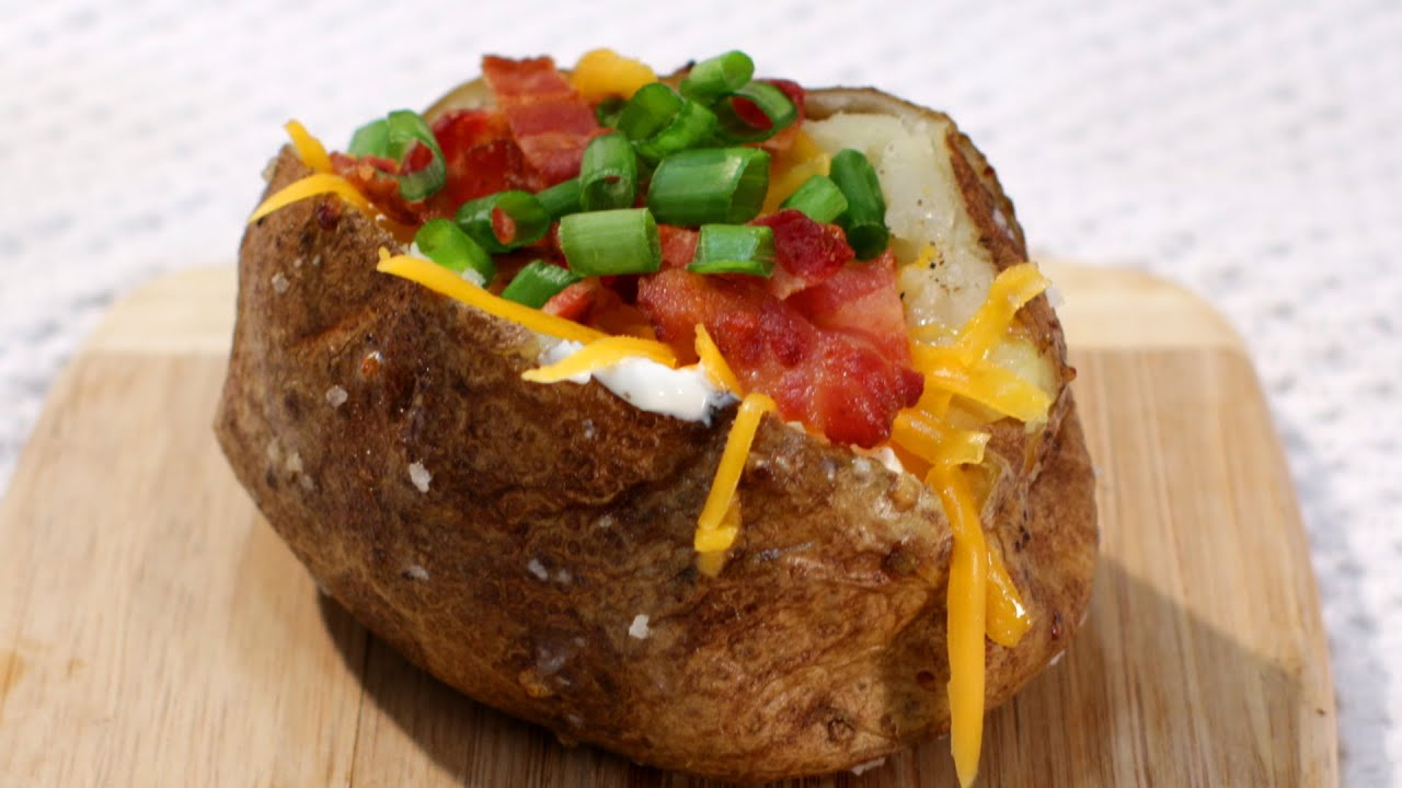 Perfect Baked Potato - How to Make the Perfect Baked ...
