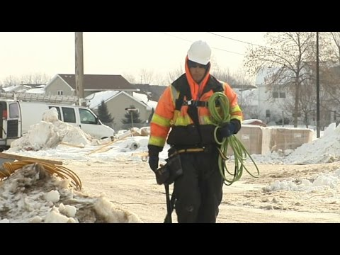 Cold Stress: Working Safely in Cold Weather - Safety Training Video