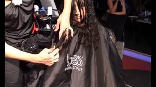 Смотреть видео  если коротко подстригли кудрявые волосы