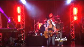 "Gretchen Wilson sings ""Red Neck Woman"" at the Arcada Theater!"