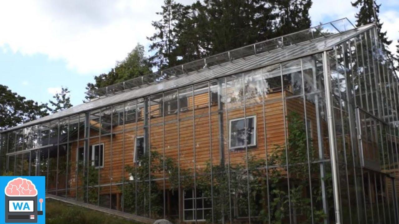Familie Baut Haus In Einem Gewachshaus Ihr Umweltfreundlicher Traum