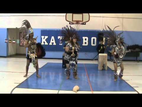 Danza Xochiquetzal performance at Kate Bond Elementary School