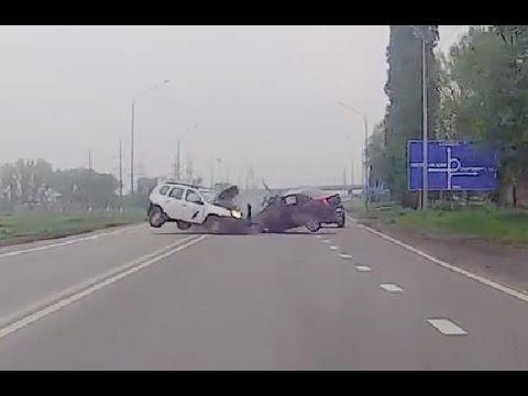 Russian Car crash compilation April 2016 week 5