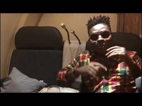 A message from Reekado Banks at 30,000 feet