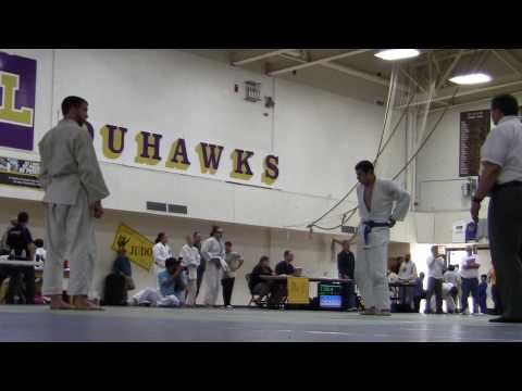 Max Kafka ~ 2011 Loras College Judo 2