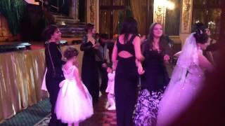 Москва гуляет цыганская свадьба
