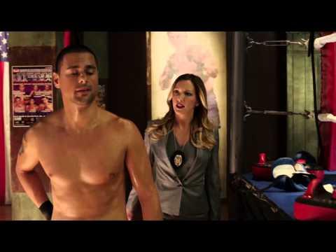 Arrow - 3x03 - Laurel meets Ted 'Wildcat' Grant