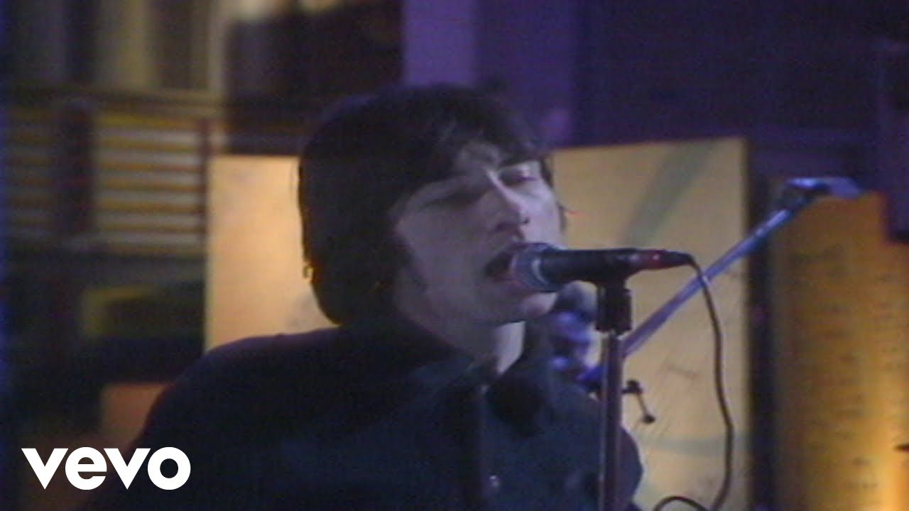 primal-scream-movin-on-up-live-from-the-late-show-1991-primalscreamvevo