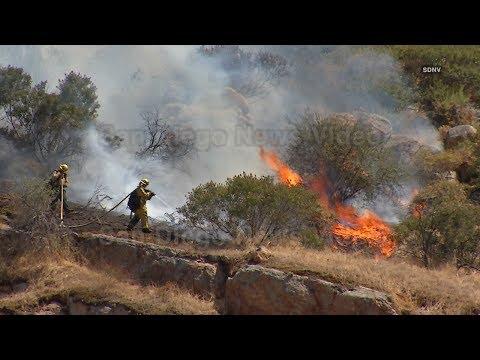 """""""Jennings Fire"""" - 400 acre vegetation fire breaks out alongside Interstate 8, Harbison Canyon"""