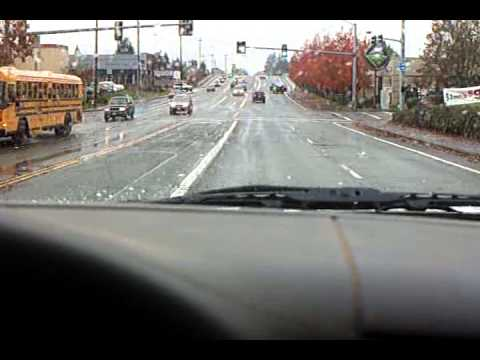 2013 11 6 salem oregon auto accident near best buy on center st youtube. Black Bedroom Furniture Sets. Home Design Ideas