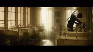 Вырезанная сцена из Дэдпул 2: Дэдпул нянчит Гитлера/Русские субтитры