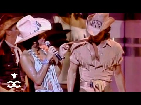 Cher - Lookin' for Love / When Will I Be Loved (A Celebration at Caesars) ᴴᴰ