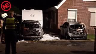 Twee auto's in de brand bij woning in Nieuw Dordrecht