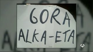 Dos titiriteros detenidos en Madrid por desplegar un cartel de